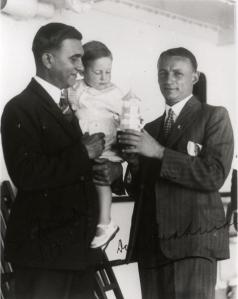 06 Bradman and SP Foenander, 1930