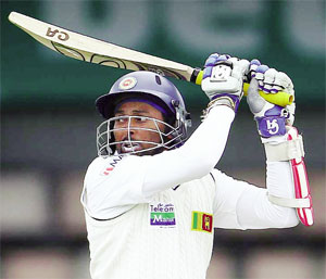 dilshan in white
