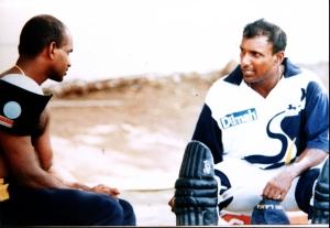 Aravinda & Sanath in earnest conversation