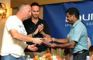botham-and-murali-sri-lanka-march-2011