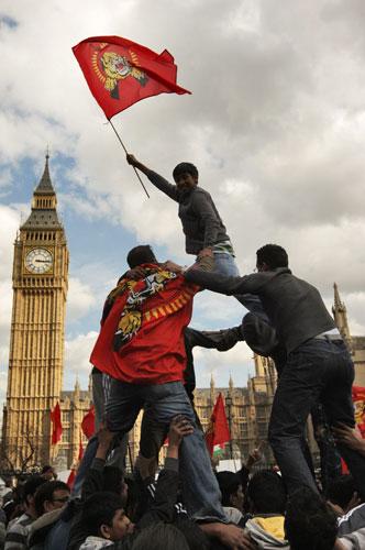 Tamil-Diaspora demo ondon -col tel