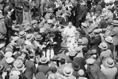 bradman-crowd-getty