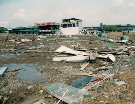 21a.Galle Cricket Grounds after tsunami (a).jpg