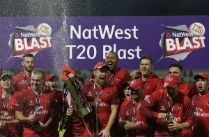 Lancs hold Trophy