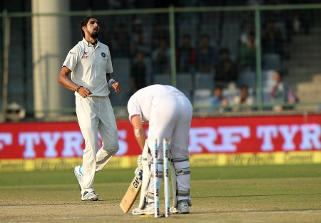 Ishant Sharma of India celebrates the wicket of Dane Vilas of South Africa during day two of the 4th Paytm Freedom Trophy Series Test Match between India and South Africa held at the Feroz Shah Kotla Stadium in Delhi, India on the 4th December 2015 Photo by Ron Gaunt / BCCI / SPORTZPICS